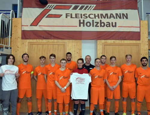 Neuer Trikotsatz von Fa. Fleischmann an die Schiedsrichter-Gruppe Kulmbach